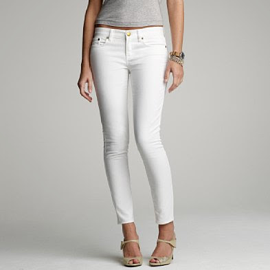 white-jeans-grey-tee-jcrew