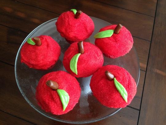 Apple Cupcake Stand