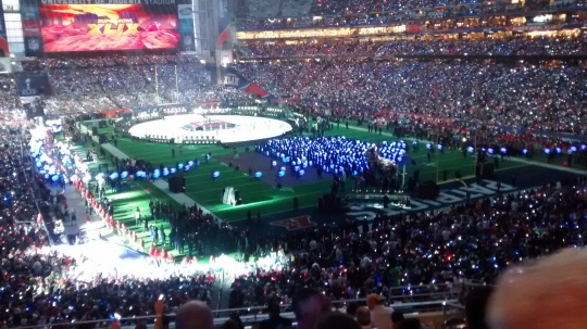 Super Bowl Halftime Show Blue Lights