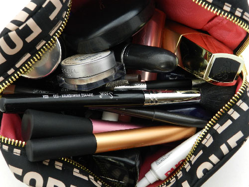 Whats in my makeup bag 2